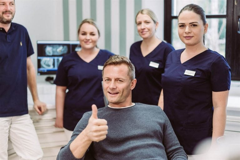 Schmerzfreie Behandlung beim Zahnarzt des Vertrauens