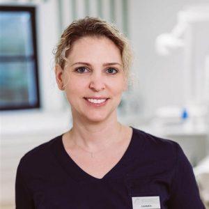 Prophylaxeassistentin Carmen Meissner